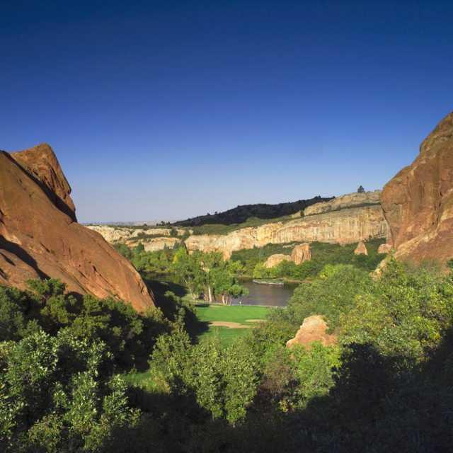 35 Awesome Reasons To Visit Denver Colorado: Arrowhead Golf Club In Littleton